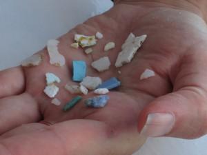 Микропластик 300x225 Большое тихоокеанское мусорное пятно