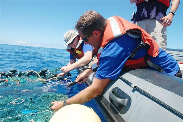Очистка окена от мусора Большое тихоокеанское мусорное пятно